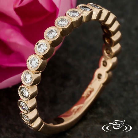 ROSE GOLD DIAMOND BEZEL BAND WITH MILIGRAIN