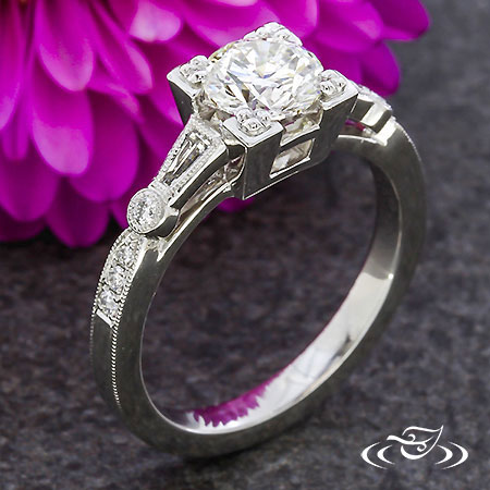 PLATINUM ART DECO STYLE ENGAGEMENT