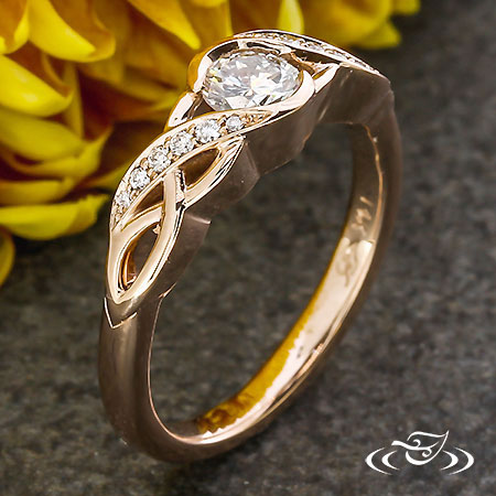 ROSE GOLD TWIST ENGAGEMENT RING