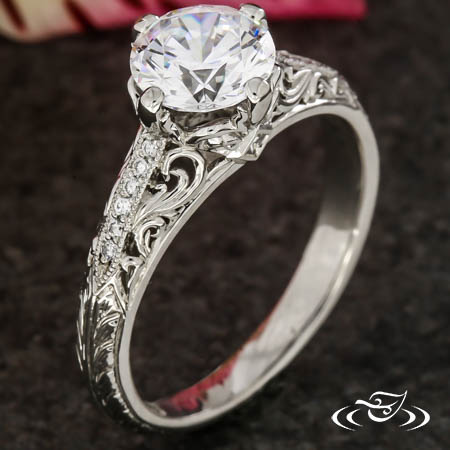 ANTIQUE STYLE FILIGREE ENGAGEMENT RING