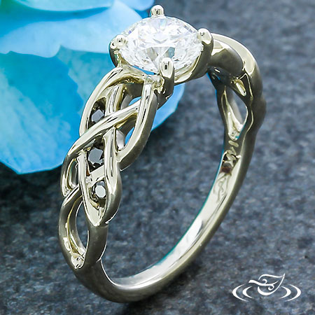 WHITE GOLD BRAIDED ENGAGEMENT RING