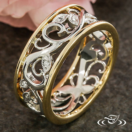 PLATINUM VINE AND GOLD WEDDING BAND
