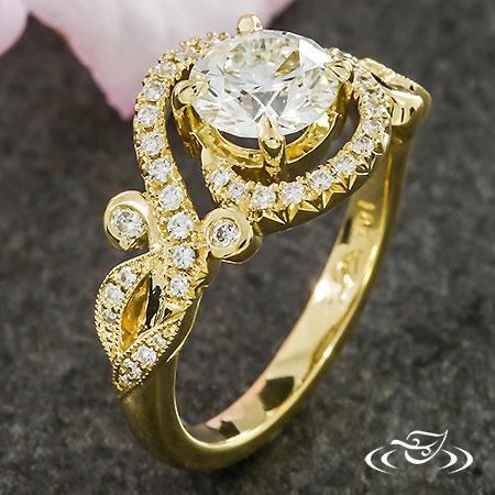 GOLDEN SWIRL ENGAGEMENT RING
