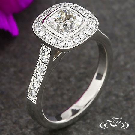 PLATINUM CUSHION DIAMOND HALO