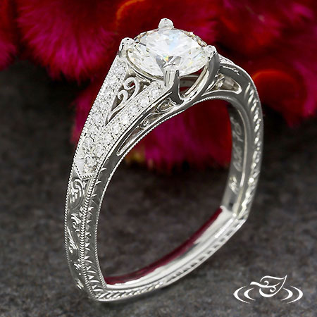 ANTIQUE FILIGREE ENGAGEMENT RING