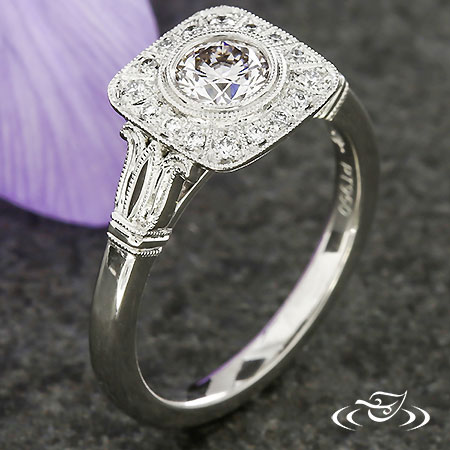 SQUARED VINTAGE HALO ENGAGEMENT RING