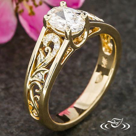 GOLDEN FILIGREE & DIAMOND SWIRL ENGAGEMENT RING