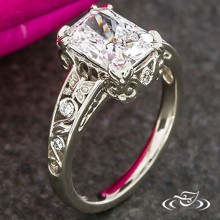 VINTAGE STYLE RADIANT DIAMOND ENGAGEMENT RING