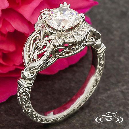 Antique Filigree Hearts Ring