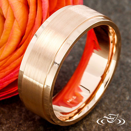 ROSE GOLD FLAT EDGE BAND