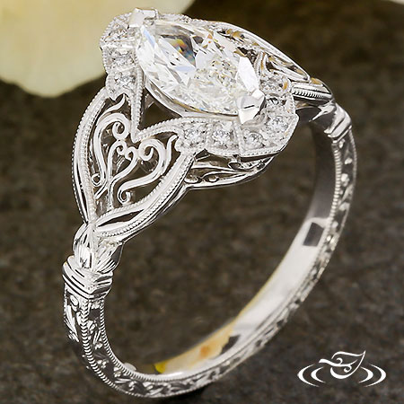 ANTIQUE FILIGREE MARQUISE ENGAGEMENT RING