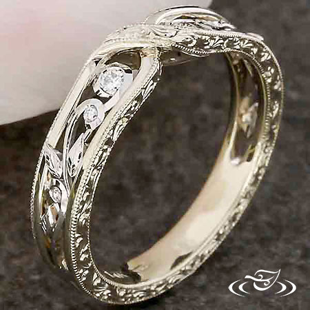 ANTIQUE STYLE TWIST BAND