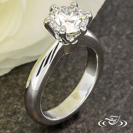 CLASSIC DIAMOND SOLITAIRE