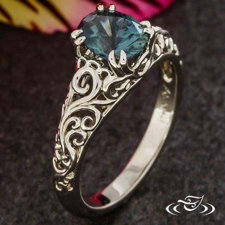 Montana Sapphire Swirl Ring