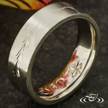 Engraved Pine Tree Band
