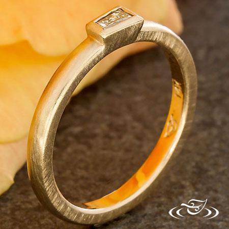 14KT ROSE GOLD BAGUETTE DIAMOND RING